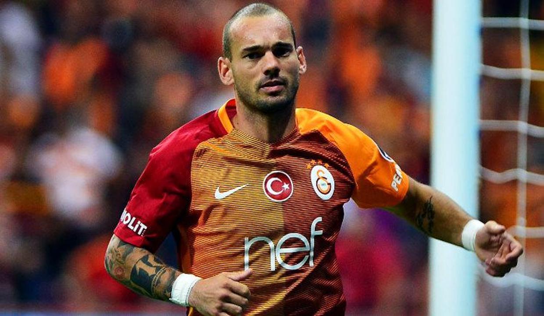Sneijder: 'İsteseydim Ronaldo ve Messi gibi olurdum'