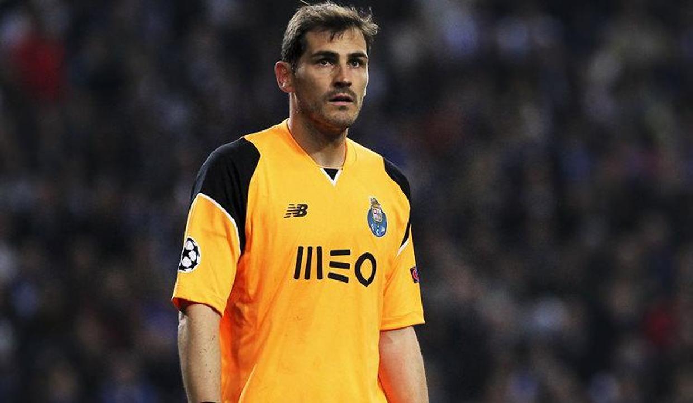 Iker Casillas futbolu bıraktı!
