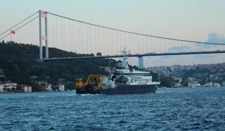 Rus arama-kurtarma gemisi boğazdan geçti