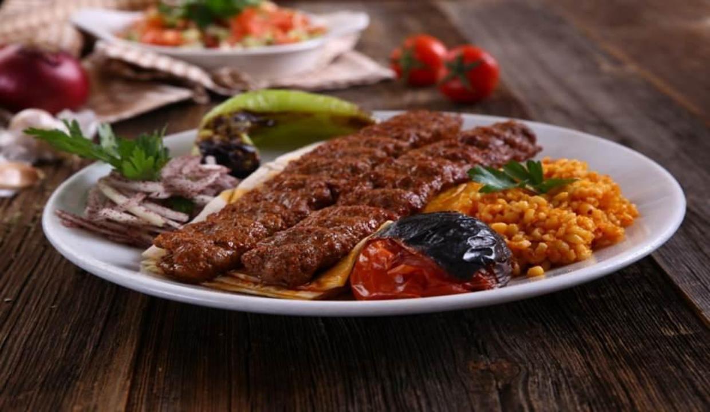 Gerçek Adana kebap nasıl yapılır? Adana kebabın ev yapımı tarifi