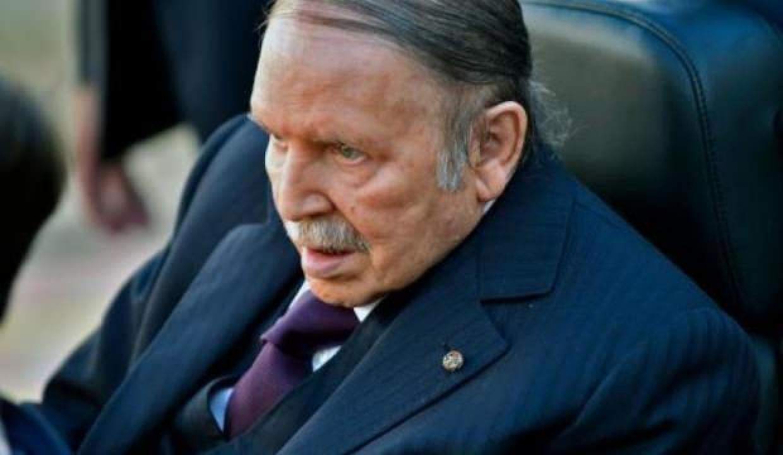 Cezayir'de protestolar sürecek: Halkın istediği bu değil!