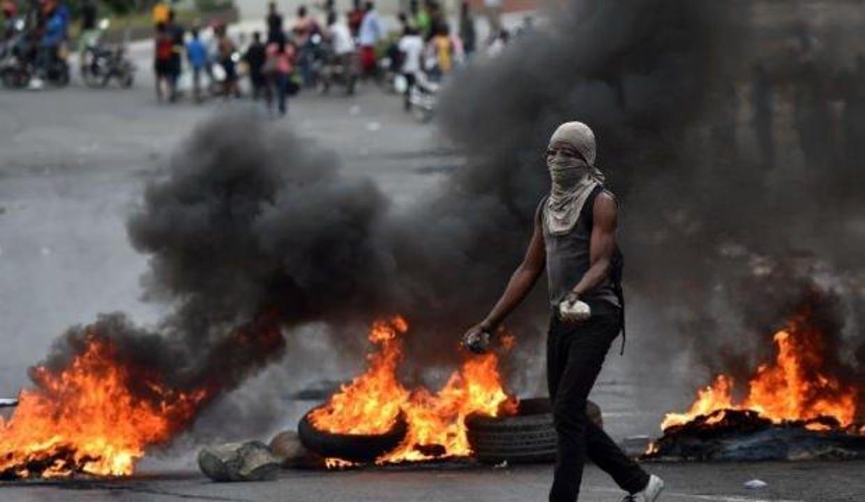 Haiti'de protestolarda 3 kişi öldü, 69 kişi yaralandı