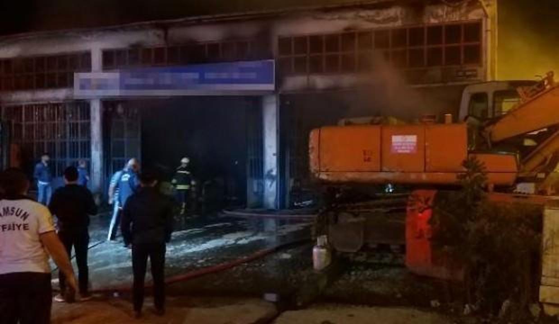 Samsun'da, iş makinesi tamir atölyesinde yangın