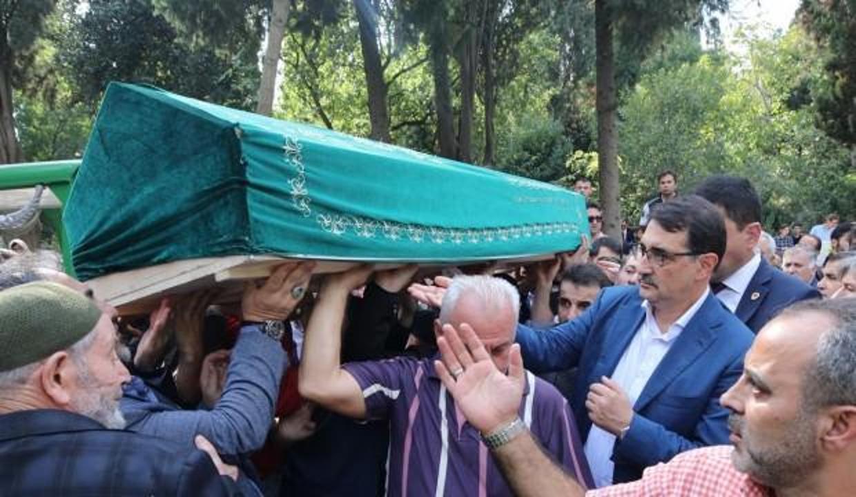 Bakan Dönmez'in acı günü