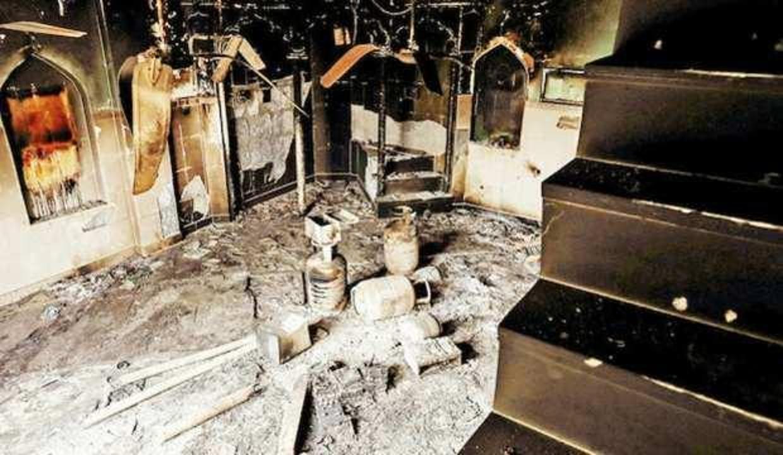 Hindistan'da 48 saatte 4 cami yakıldı