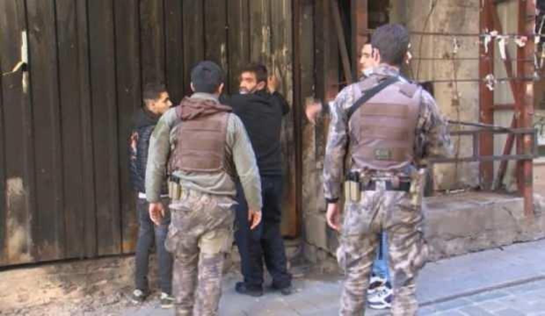 İstiklal Caddesi'nde 'öksürerek gasp girişimi' iddiası