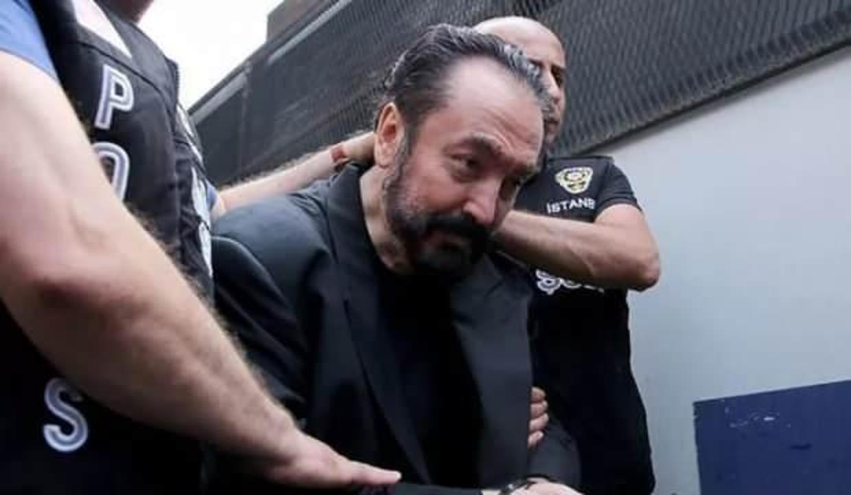 Adnan Oktar'ın tutukluluğunun devamına karar verildi