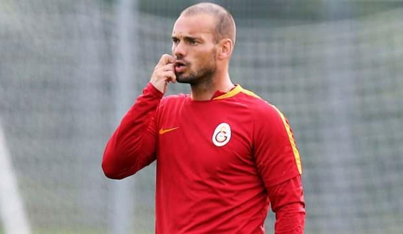 Galatasaray'da Sneijder sürprizi!