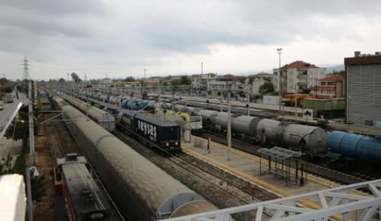 Ve ilk tren Sakarya'dan yola çıktı! Marmaray'dan geçerek Avrupa'ya...