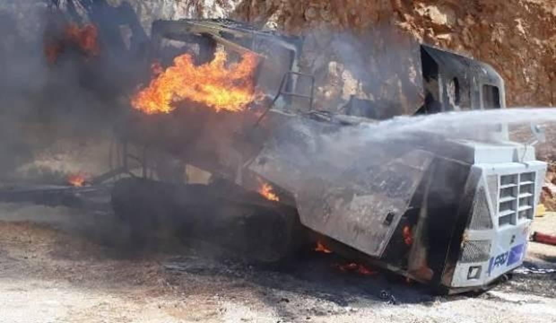 Bursa'da 1,5 milyon liralık iş makinesi, alev alev yandı