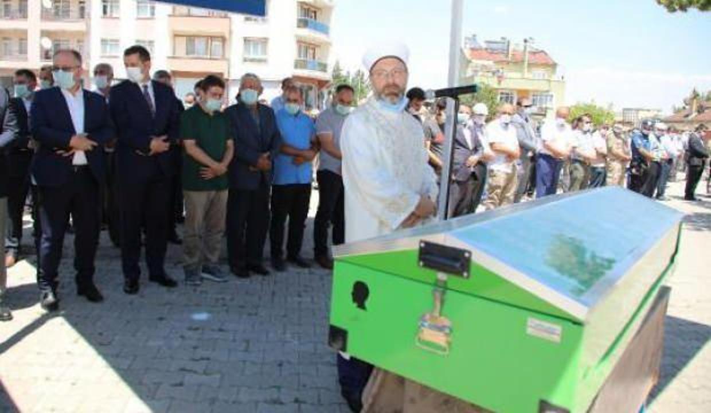 Diyanet İşleri Başkanı Erbaş, cenaze namazı kıldırdı