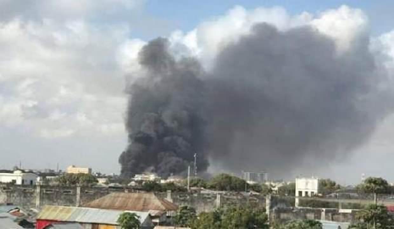 Somali'de bomba yüklü araçla terör saldırısı