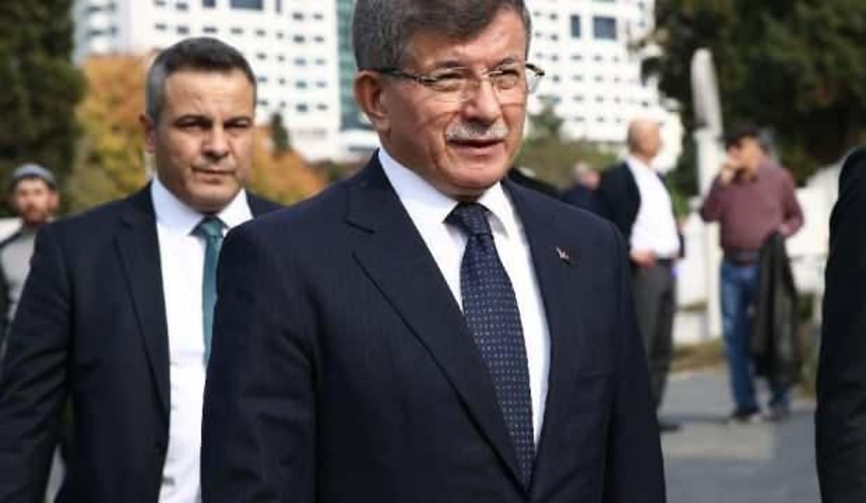 Davutoğlu'nun partisinde HDP depremi