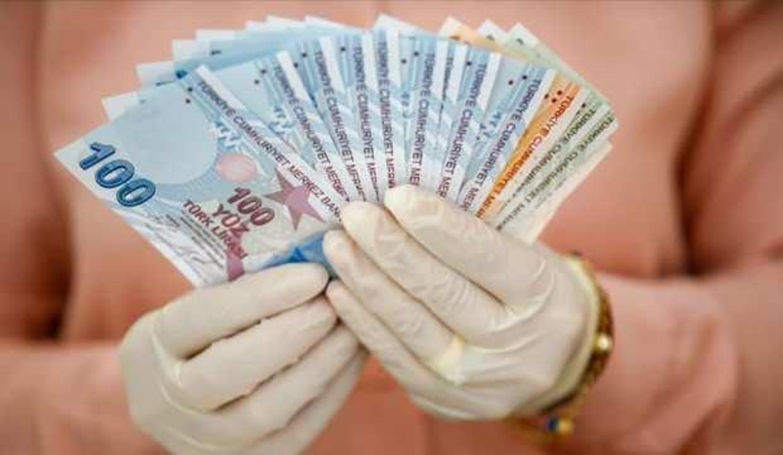 Bakan Kasapoğlu duyurdu: Burs kredi ödemeleri bu gece başlıyor