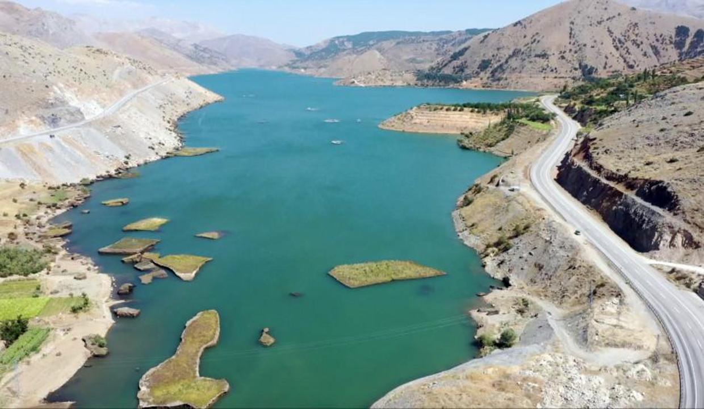 """Çat Barajı'nın """"yüzen adaları"""" turizme kazandırılacak"""