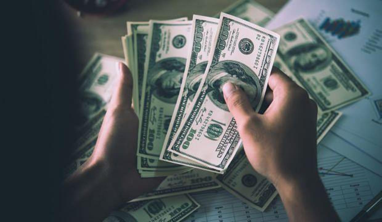 Dev bankadan 'dolar sat' tavsiyesi! 2018'e dikkat çekti