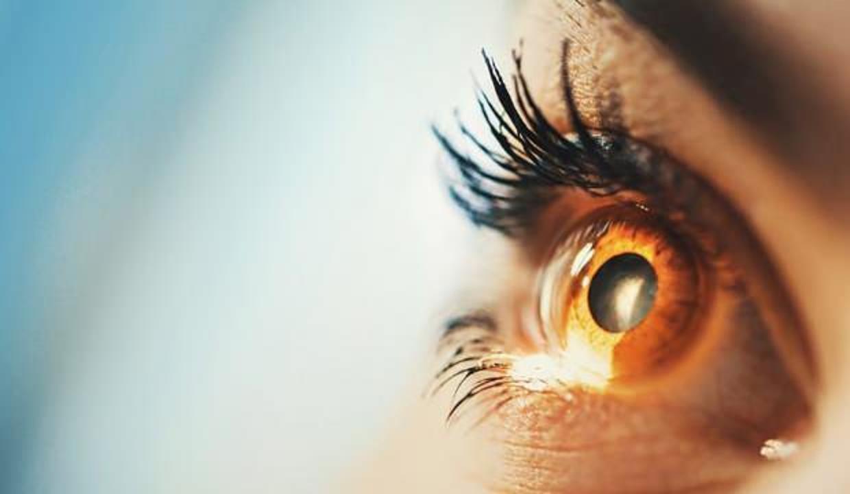 Göz seğirmesi nasıl geçer? Göz seğirmesine iyi gelen doğal tedavi yöntemleri...