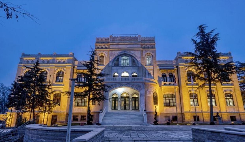 Cumhuriyetin ilk kültür ve sanat merkezi yeniden ziyaretçilerile buluşuyor