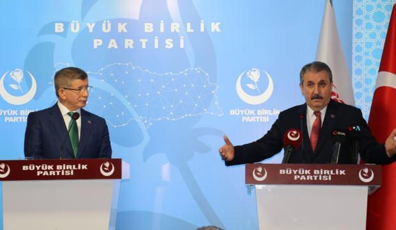 Destici Davutoğlu ile görüştü
