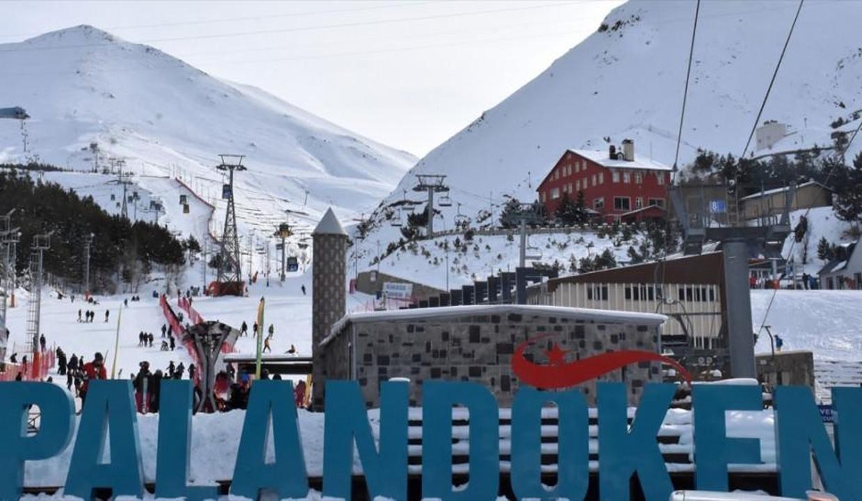 Palandöken'de pistler yerli ve yabancı turistlerle şenlendi