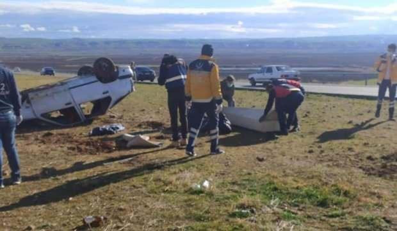 Diyarbakır'da otomobil takla attı: 1 ölü, 5 yaralı