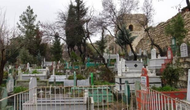 Moğolları ilk kez durduran Harzemşah'ın mezarının yeri belirlendi