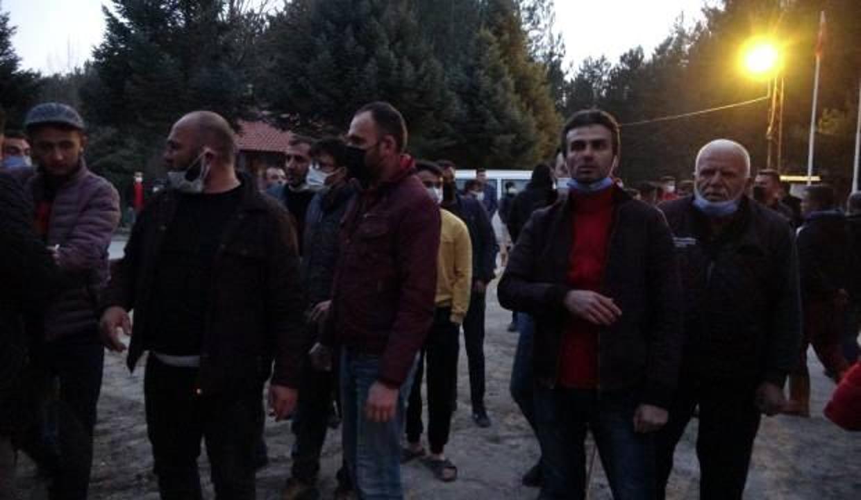 Taciz iddiası köyü karıştırdı! Kalabalığı jandarma dağıttı