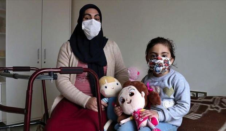 Depremde eşiyle oğlunu kaybeden anne ve kızına devlet sahip çıktı!