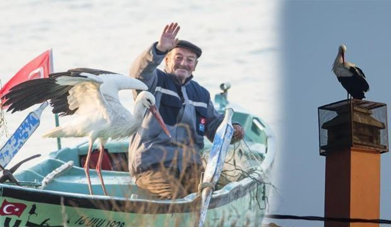 Bursalı balıkçı Adem amca ve Yaren Leylek bu yıl 10'uncu kez buluştu!