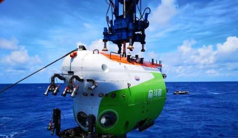 10 bin metreye dalabilen su altı aracı keşiflere başlamaya hazır