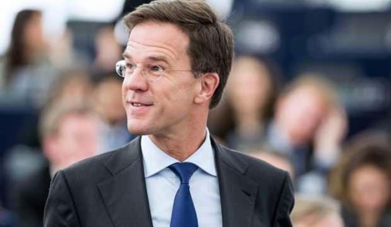 Hollanda'da genel seçimi Başbakan Rutte kazandı
