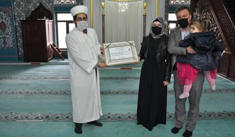 Ukraynalı gelin Müslüman oldu, 'Ayla' ismini aldı!