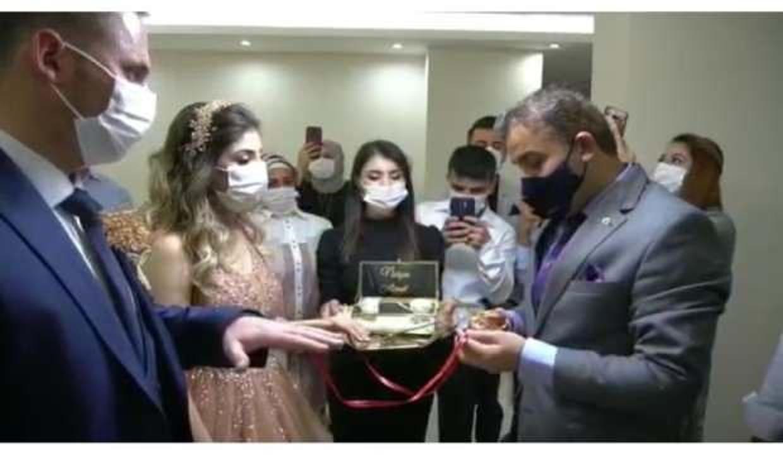 Yurtta büyüyen genç kıza devlet 'babalık' yaptı!