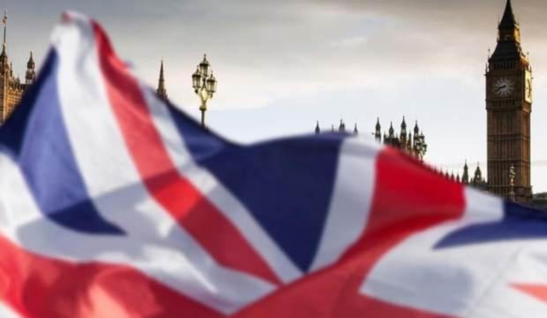 İngiltere'den sert koronavirüsle mücadele kararı: 5 bin sterlin ceza verilecek