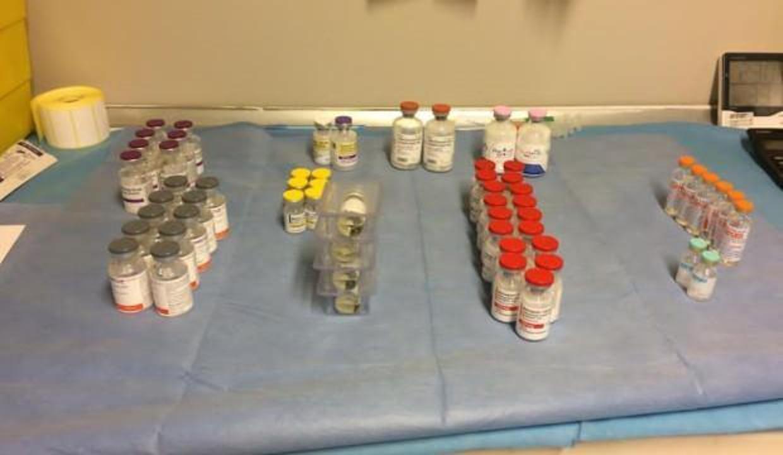 Kanser hastalarının ilaçlarını çalıp yerine vitamin verdiler