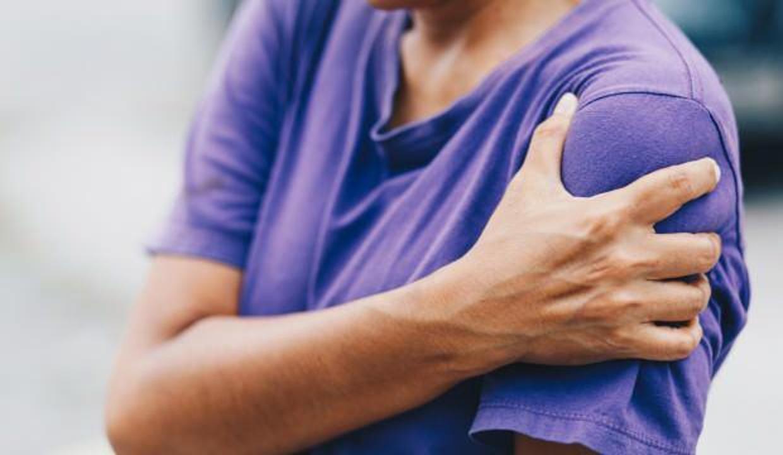 Pandemi döneminde artan omuz ağrılarına dikkat!