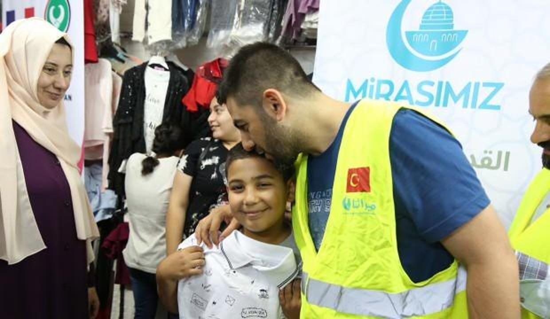 Bu Ramazan Kudüs'te evine gıda kolisi gitmesi gereken 12 bin aile var
