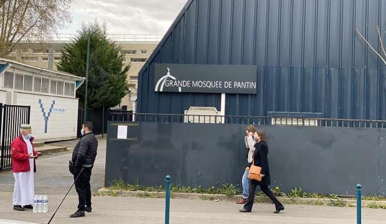 Fransa'da kapatılan Pantin Camisi, cemaatine yeniden kavuştu