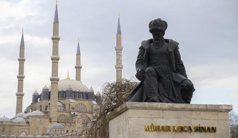 Osmanlı'nın muhteşem yüzyılını inşa eden Mimar Sinan'ın eserleri