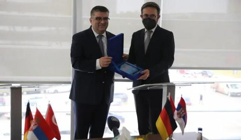 Halkbank'tan Sırbıstan'da salgından etkilenen KOBİ'lere destek