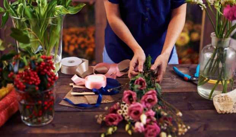 Anneler Günü'nde Çiçekçiler Açık Mı Olacak? 8-9 Mayıs Çiçekçilerin Çalışma Saatleri!