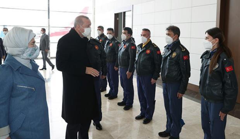 Başkan Erdoğan pilotlarla bir araya geldi