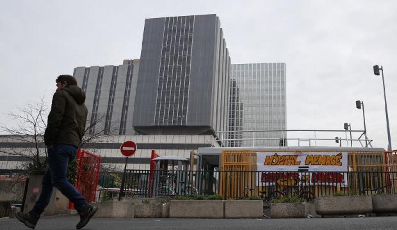 Fransa'da bir günde 21 bin 712 Kovid-19 vakası tespit edildi