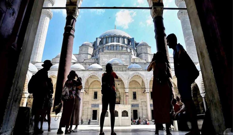 İstanbul'a gelen yabancı turist sayısında büyük artış!