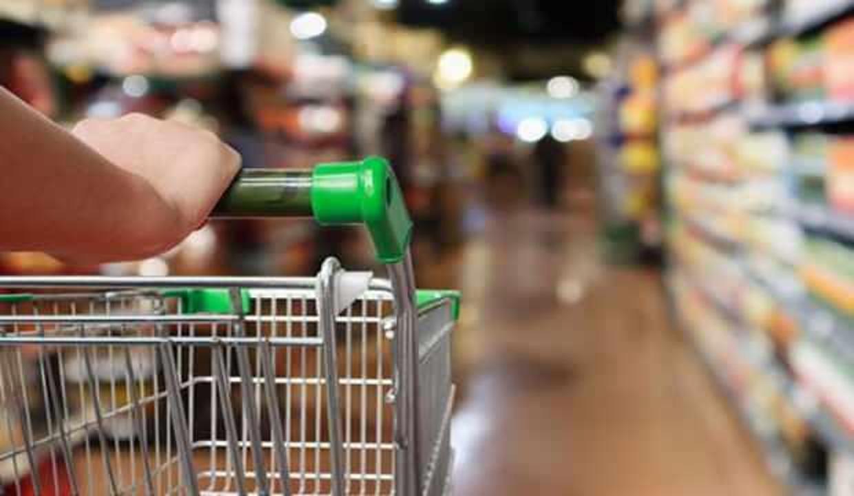 Yarın marketlerde hangi ürünlerin satışı yasaklanacak? Satışı yasak olan ürünlerin listesi...