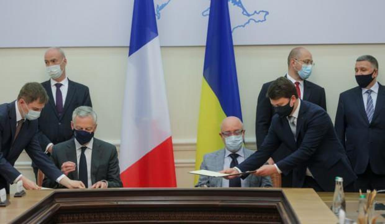 Ukrayna'dan Fransa ile 1,3 milyar avroluk imzalar