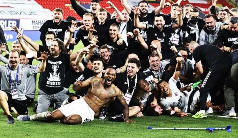 Beşiktaş şampiyonluk kupasına kavuşuyor!