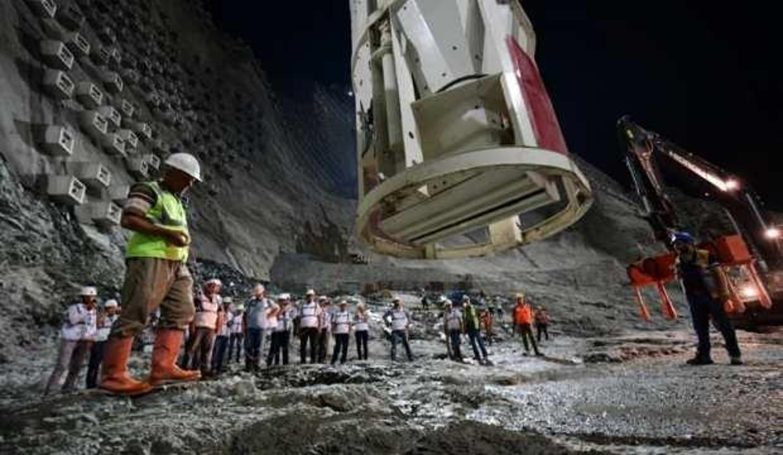 Yusufeli'nde son beton döküldü
