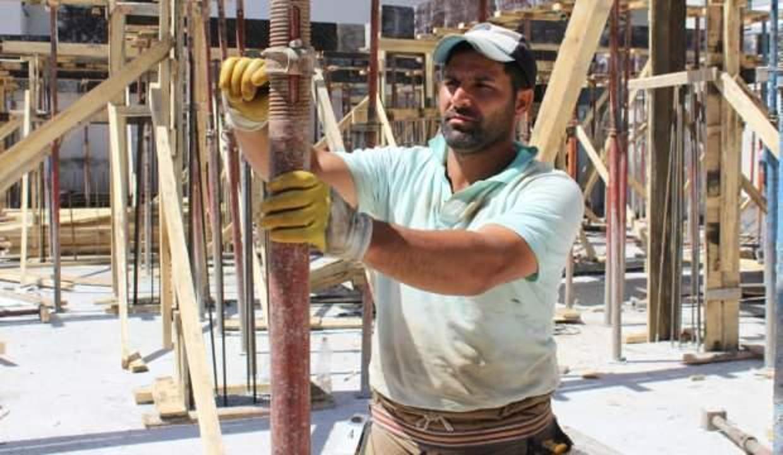 Ailesi için 2 kez üniversiteyi bıraktı, inşaat işçiliği yapıyor