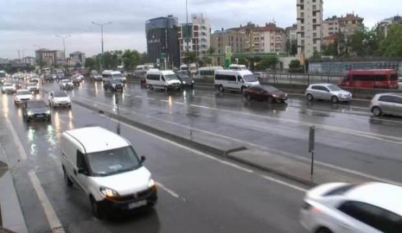 Anadolu Yakası'nda yağmur etkili oldu